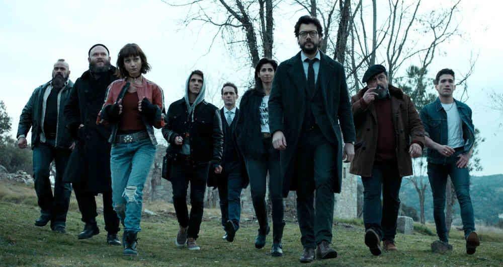 """Imagem com todos os personagens da série """"La casa de papel"""""""