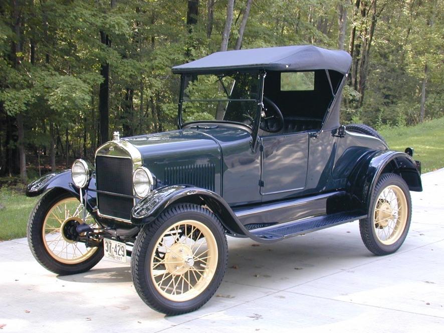 imagem de um carro antigo