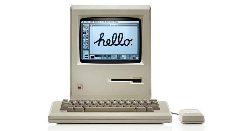 imagem de um computador antigo escrito hello em uma tela de paint