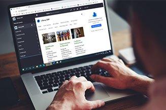 Computador com portal e CMS da Liferay